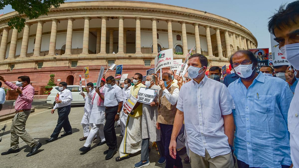"""<div class=""""paragraphs""""><p>Opposition leaders from various parties on Thursday, 12 August, held a march from Parliament House to Vijay Chowk in New Delhi, demanding a repeal of the Centre's contentious farm laws.</p></div>"""