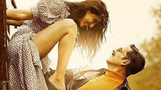 Is Akshay Kumar, Vaani Kapoor's New Bell Bottom Poster a Copy?