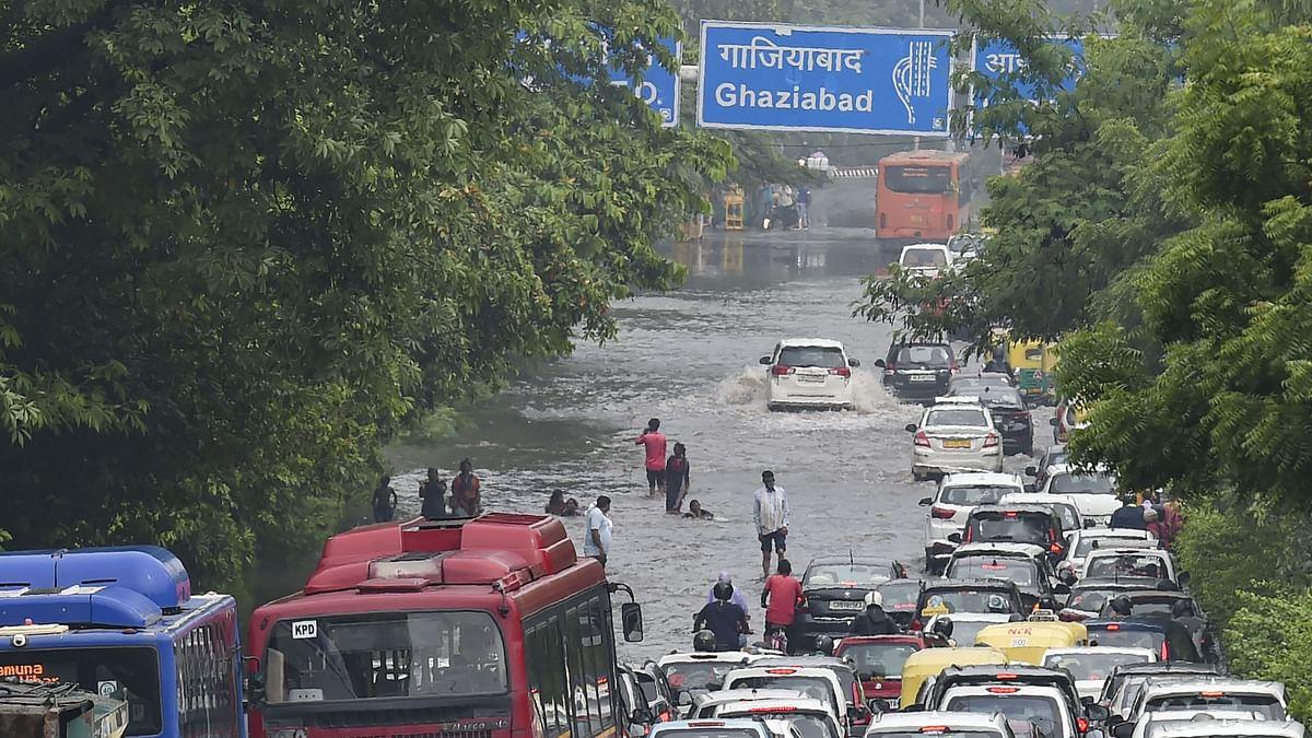 As Heavy Rain Hits Delhi, Waterlogging, Traffic Snarls in Several Areas