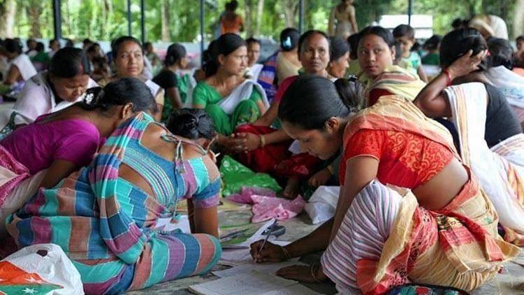 Hit by COVID-19, Women in Telangana's Self Help Groups Reel Under Debt Crisis