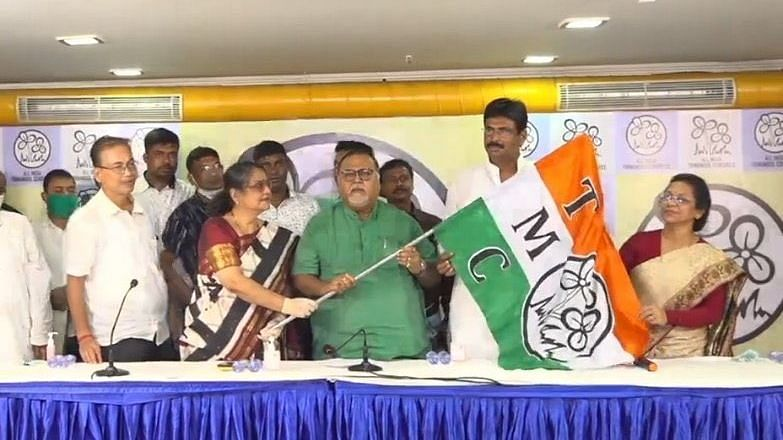 West Bengal: BJP MLA Biswajit Das Quits Party, Joins TMC in Kolkata