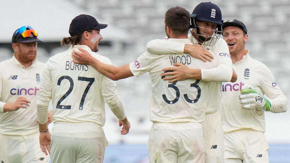Second Test, Day 4: England Have the Advantage as Bad Light Stops Play