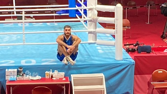 """<div class=""""paragraphs""""><p>Mourad Aliev was disqualified with four seconds left in the second round against Frazer Clarke of Great Britain at Tokyo Olympics.&nbsp;</p></div>"""