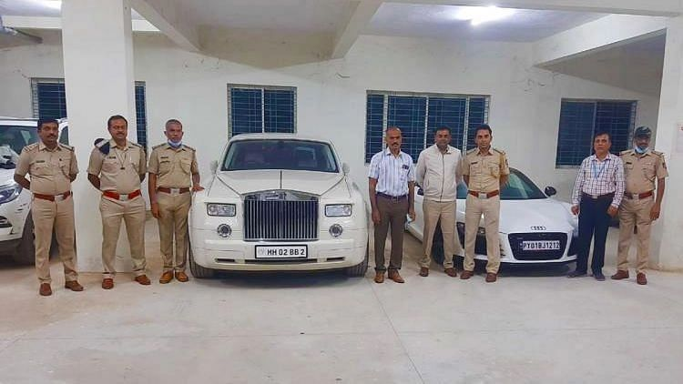 Rolls Royce Among 17 Luxury Cars Seized in Bengaluru for Lacking Valid Documents