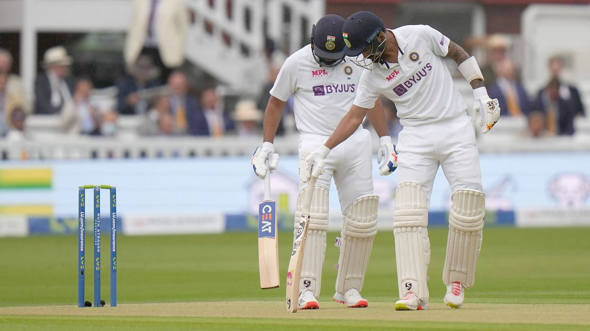 """<div class=""""paragraphs""""><p>Rohit Sharma and KL Rahul put on India's first 50+ opening stand at Lord's since 1952</p></div>"""