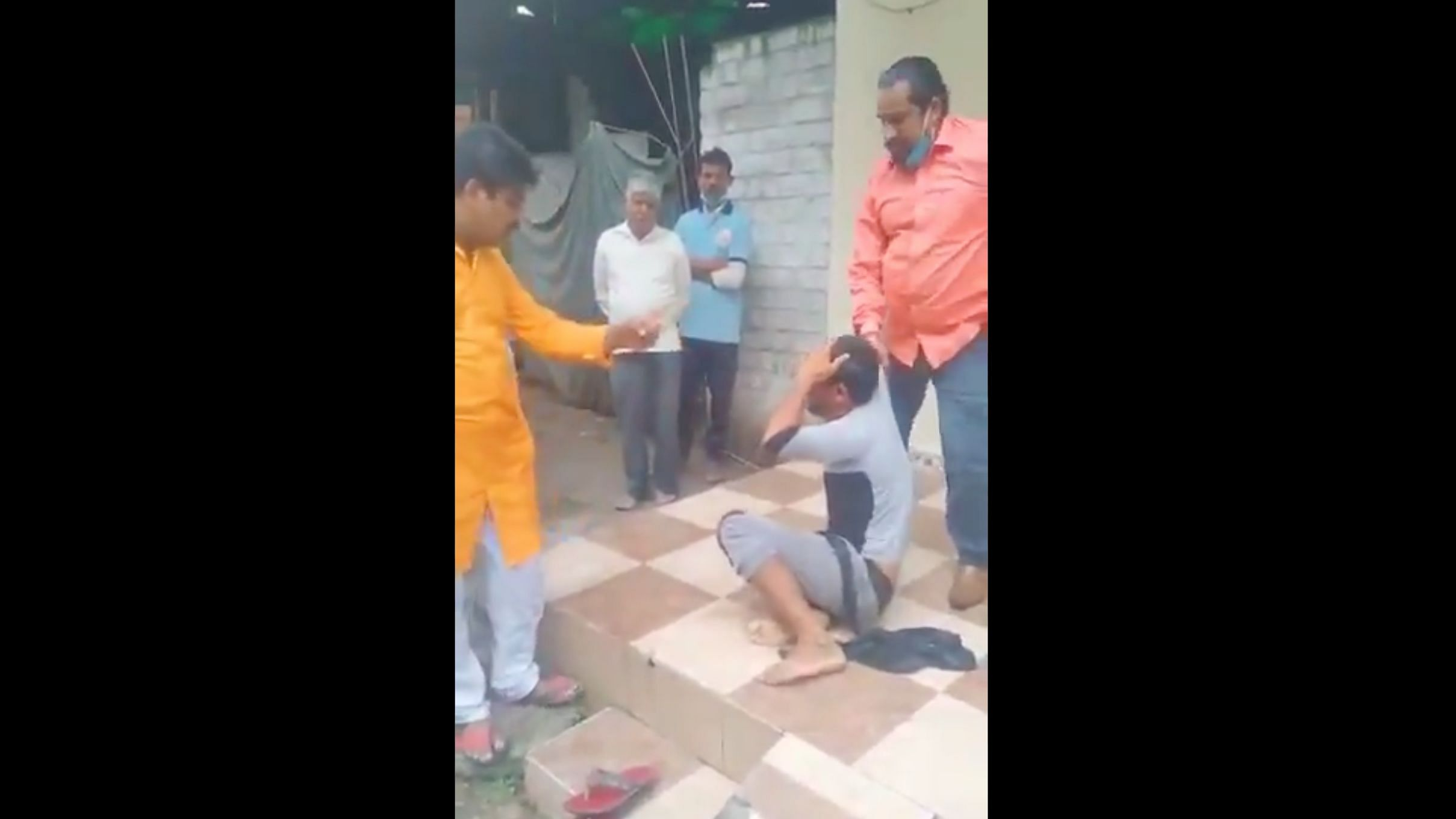 Muslim Bangle Seller Thrashed in Indore, Looted for Being in a 'Hindu Area'