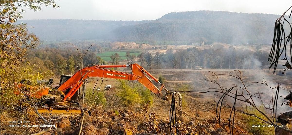 "<div class=""paragraphs""><p>Construction of dam under Runj Medium Project in Panna.</p></div>"