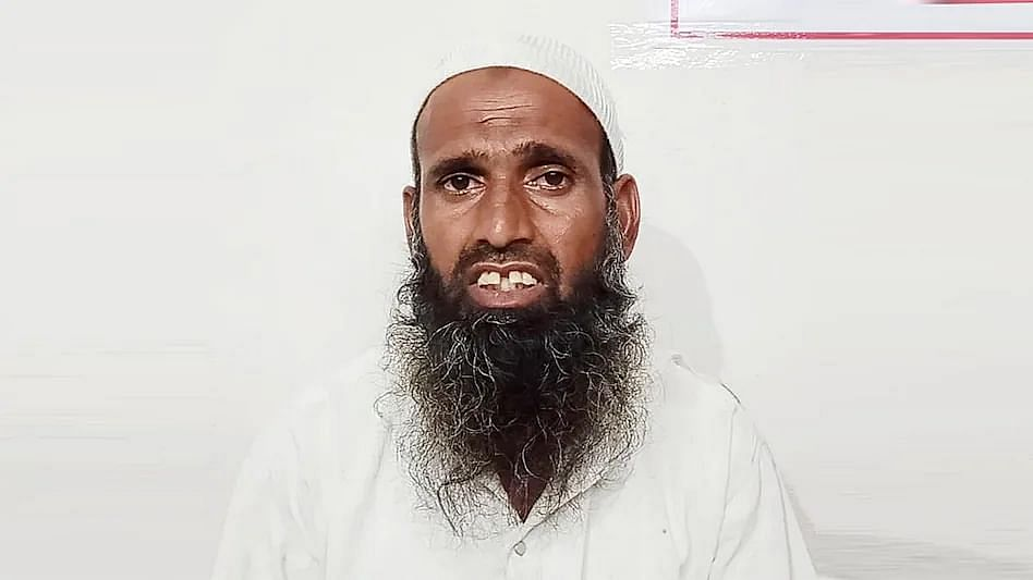 In MP's Dewas, Muslim Hawker Thrashed for Not Showing Aadhaar Card