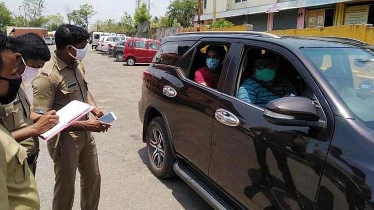Karnataka Mandates Institutional Quarantine for Those Coming From Kerala