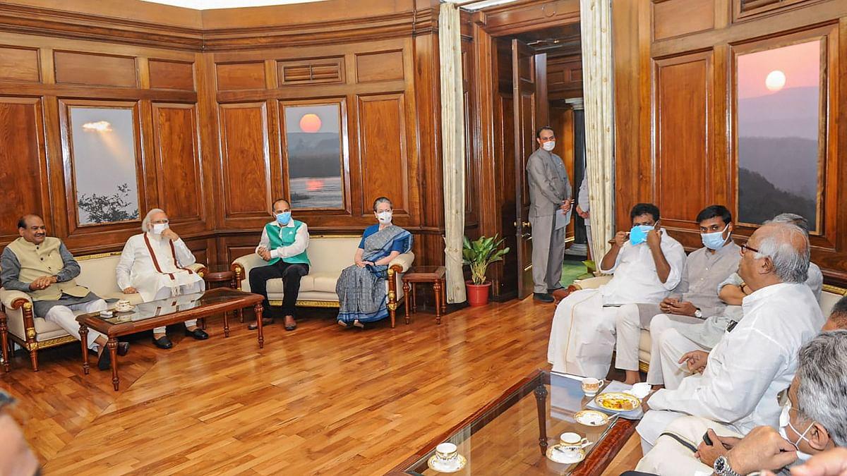 After Lok Sabha Adjourned, Speaker Meets PM, Sonia Gandhi & Others