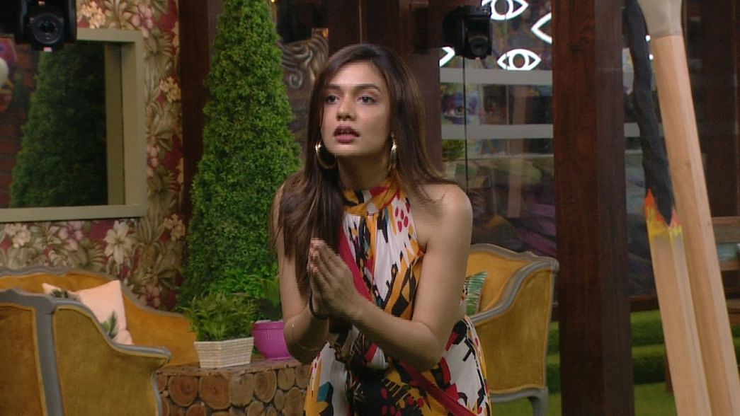 Bigg Boss OTT: Here's Why Divya Agarwal is Loved by Fans But Hated by Housemates