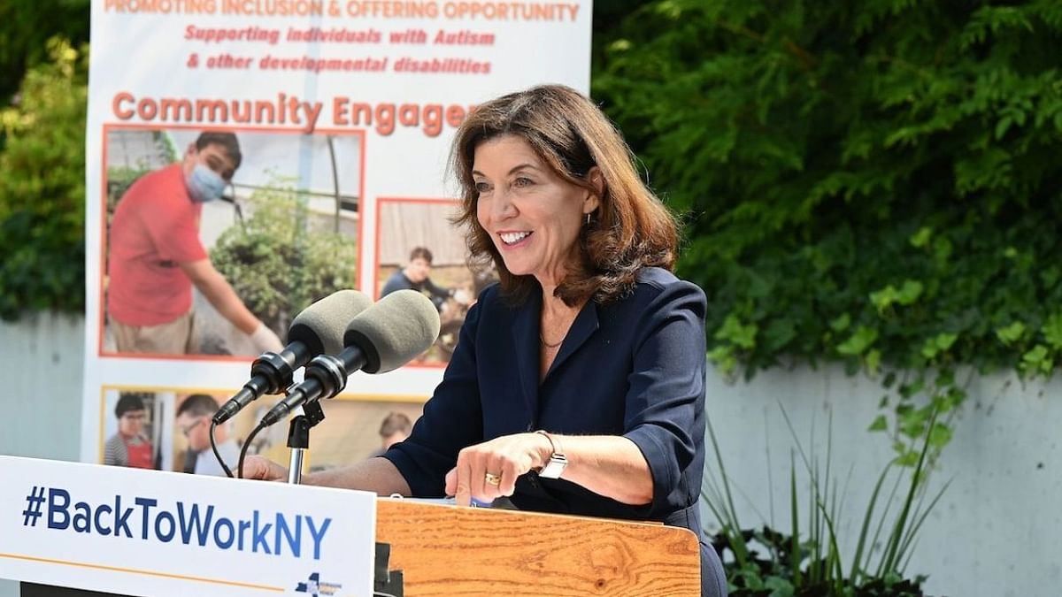 """<div class=""""paragraphs""""><p>Lt Gov&nbsp;Kathy Hochul becomes&nbsp;the first-ever female head of the state of New York.</p></div>"""