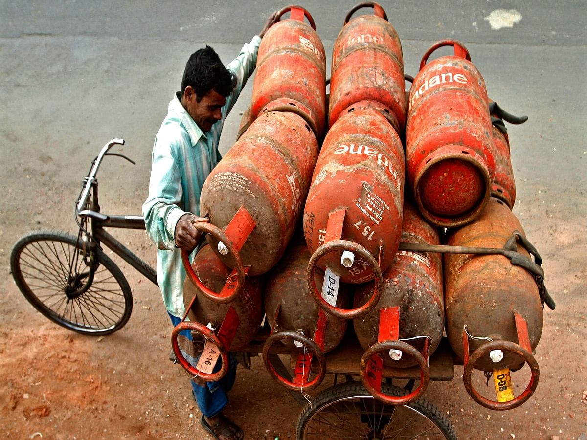 Indian Oil LPG: Here's How to Book a LPG Connection & Refill with a Missed Call