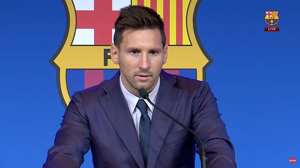 Lionel Messi Arrives in Paris; Set To Complete PSG Transfer