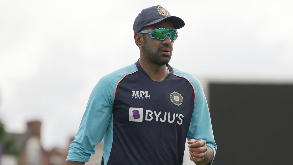 """<div class=""""paragraphs""""><p>Ashwin during a training session at Leeds.</p></div>"""