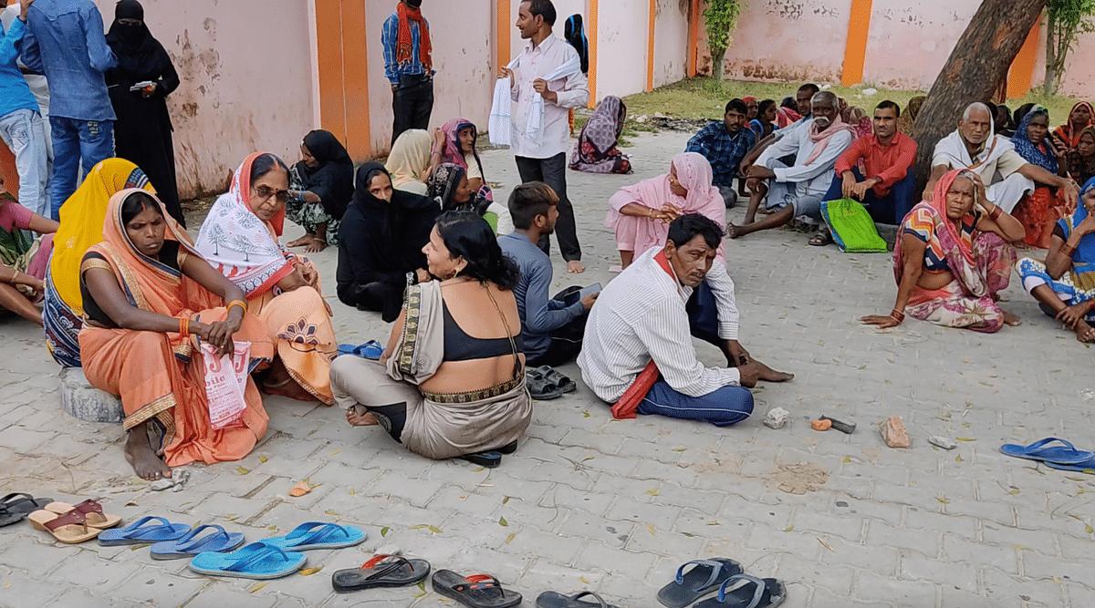 "<div class=""paragraphs""><p>Villagers waiting for vaccine outside a centre in Danganj.&nbsp;</p></div>"