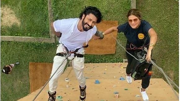 Vidyut Jammwal, Nandita Mahtani Confirm Engagement, The 'Commando' Way