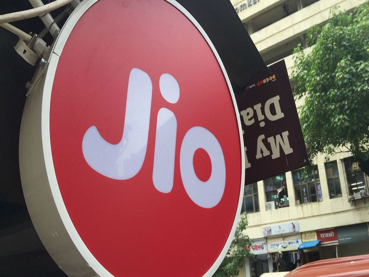 """<div class=""""paragraphs""""><p>Here are all the details about Jio Disney+ Hotstar plans</p></div>"""