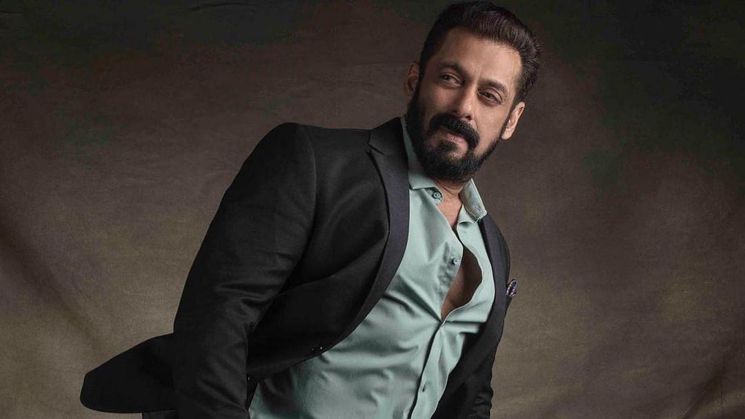 """<div class=""""paragraphs""""><p>Ahead of <em>Bigg Boss 15's</em> premiere, host Salman Khan addresses the media.</p></div>"""