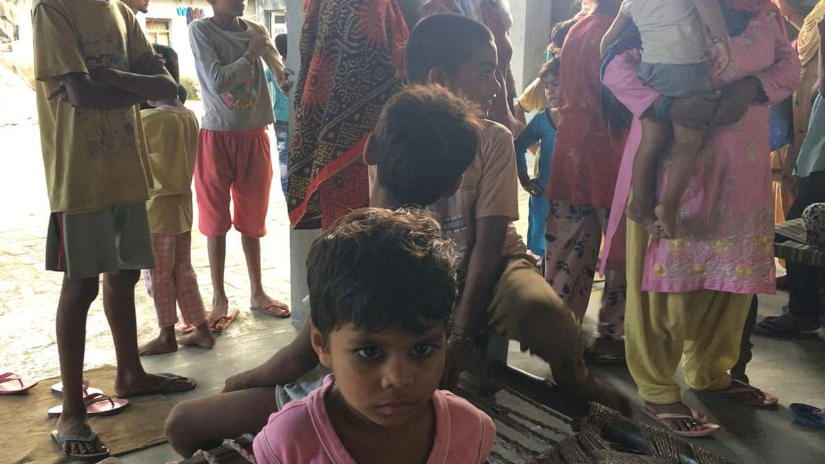 """<div class=""""paragraphs""""><p>Back in Daksh's home the family is worried about the health of all kids.</p></div>"""