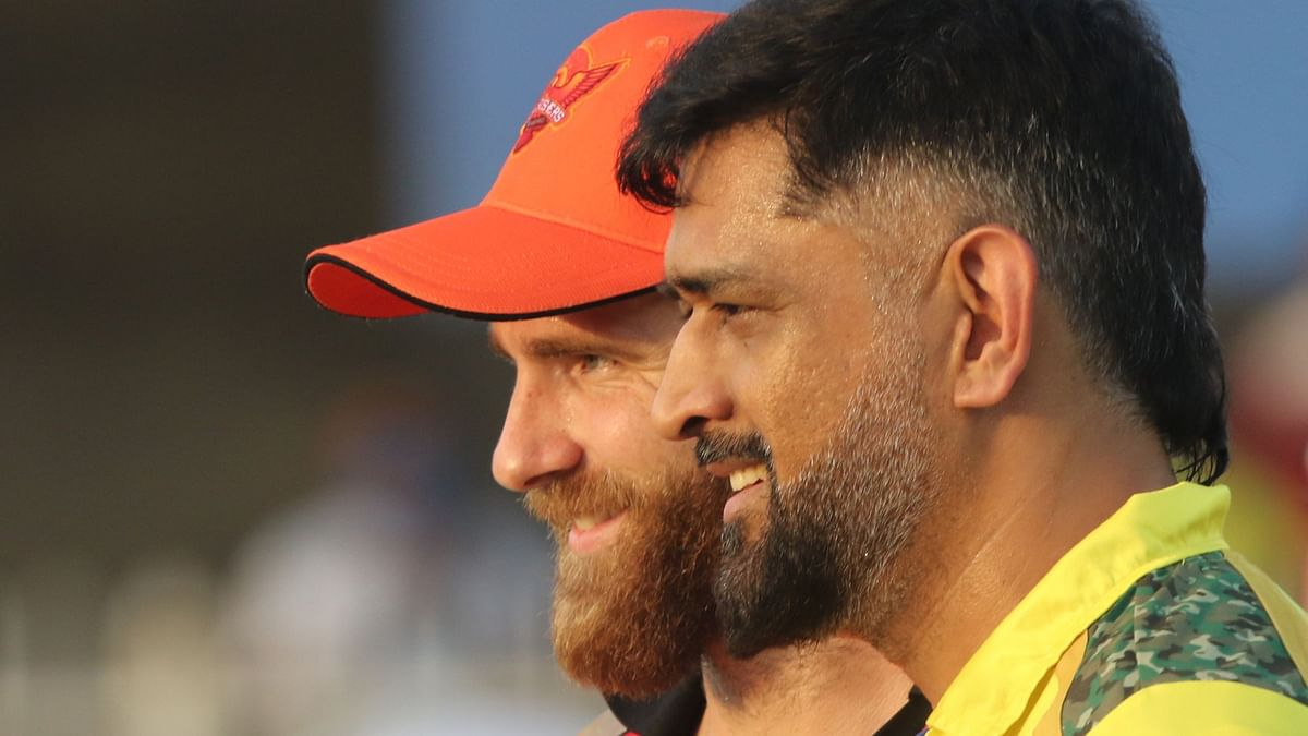 """<div class=""""paragraphs""""><p>MS Dhoni's CSK are playing Kane Williamson's Sunrisers Hyderabad.</p></div>"""