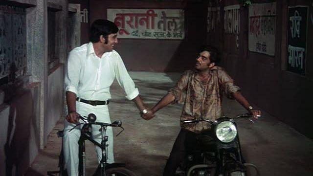 """<div class=""""paragraphs""""><p>Vinod Khanna and Shatrughan Sinha in&nbsp;<em>Mere Apne.</em></p></div>"""