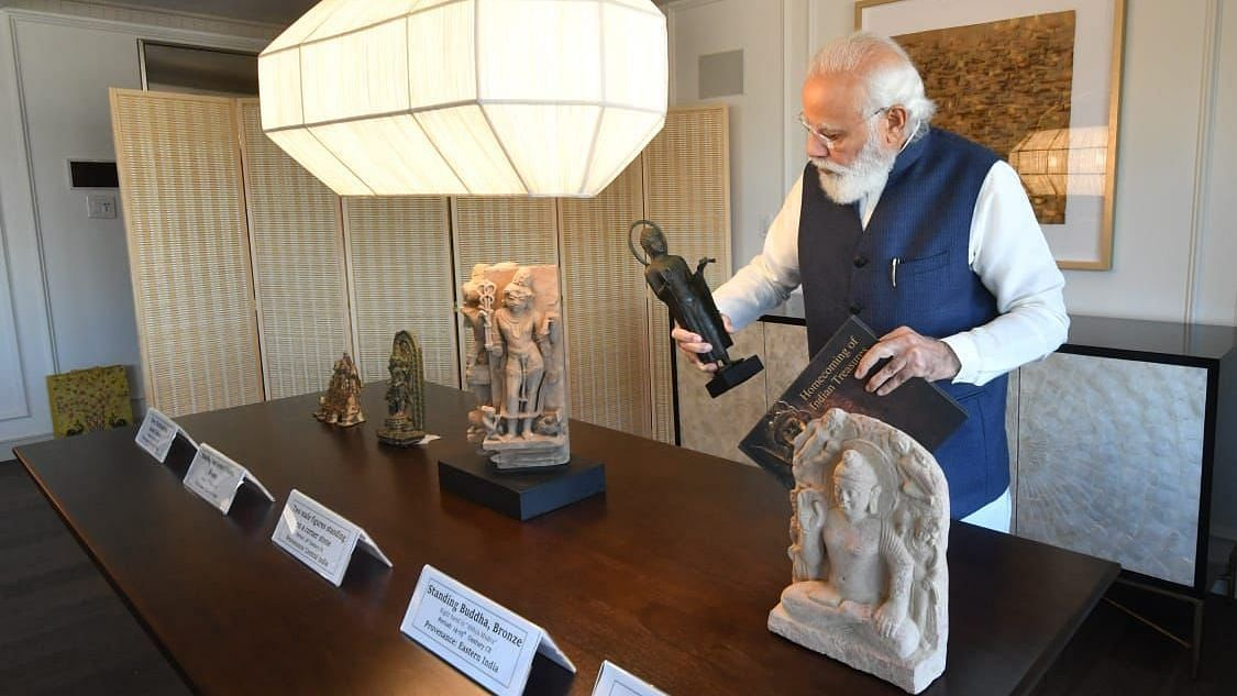 12th Century Nataraj Statue Among 157 Artefacts Handed Over by US to India