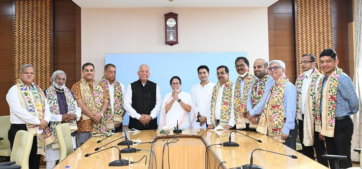 """<div class=""""paragraphs""""><p>The new inductees met TMC supremo and West Bengal Chief Minister Mamata Banerjee at the West Bengal secretariat, Nabanna, before their formal induction.</p></div>"""