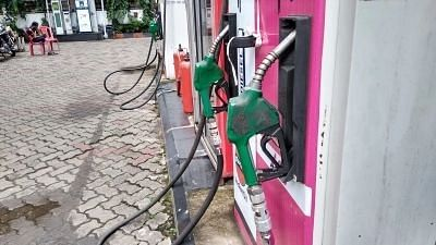 Petrol and Diesel Prices Rise Simultaneously After a Day's Break