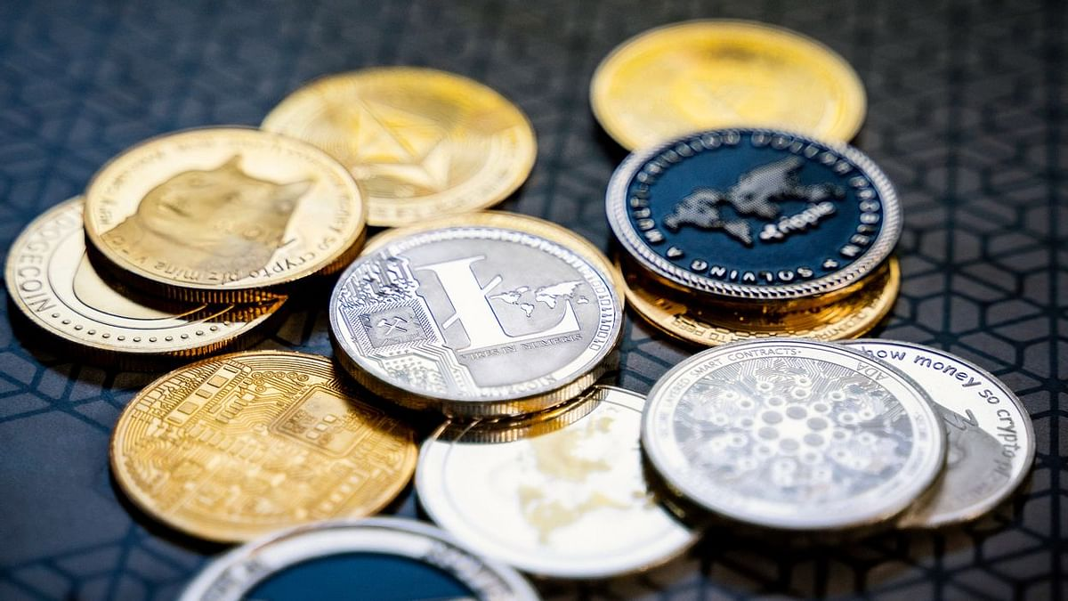 What are Altcoins and Why You Should Invest in Them