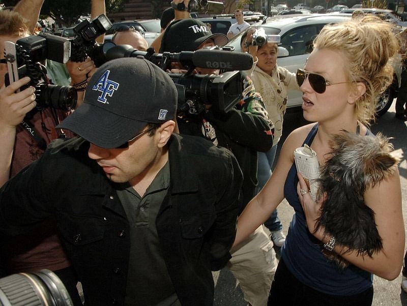 """<div class=""""paragraphs""""><p>A still from <em>Framing Britney Spears</em>.</p></div>"""