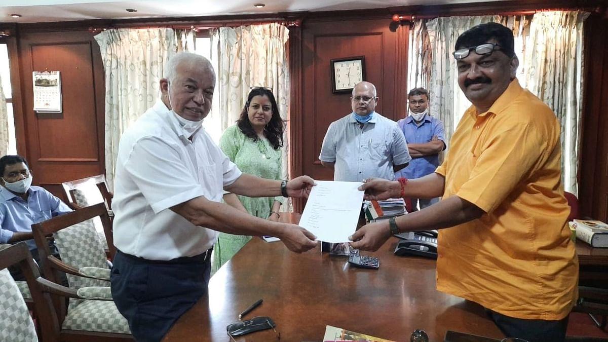 """<div class=""""paragraphs""""><p>Former Goa chief minister Luizinho Faleiro quit the Indian National Congress (INC) on Monday, 27 September.</p></div>"""