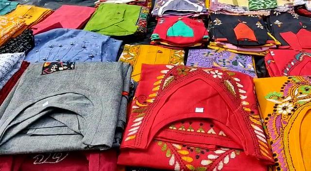 """<div class=""""paragraphs""""><p>Kantha stich apparels.</p></div>"""