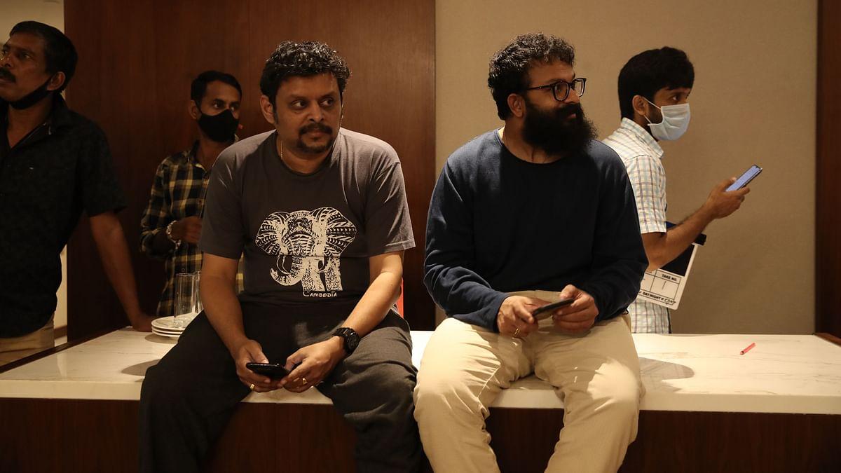 "<div class=""paragraphs""><p>Director Ranjith Sankar with Jayasurya on the sets of&nbsp;<em>Sunny.</em></p></div>"