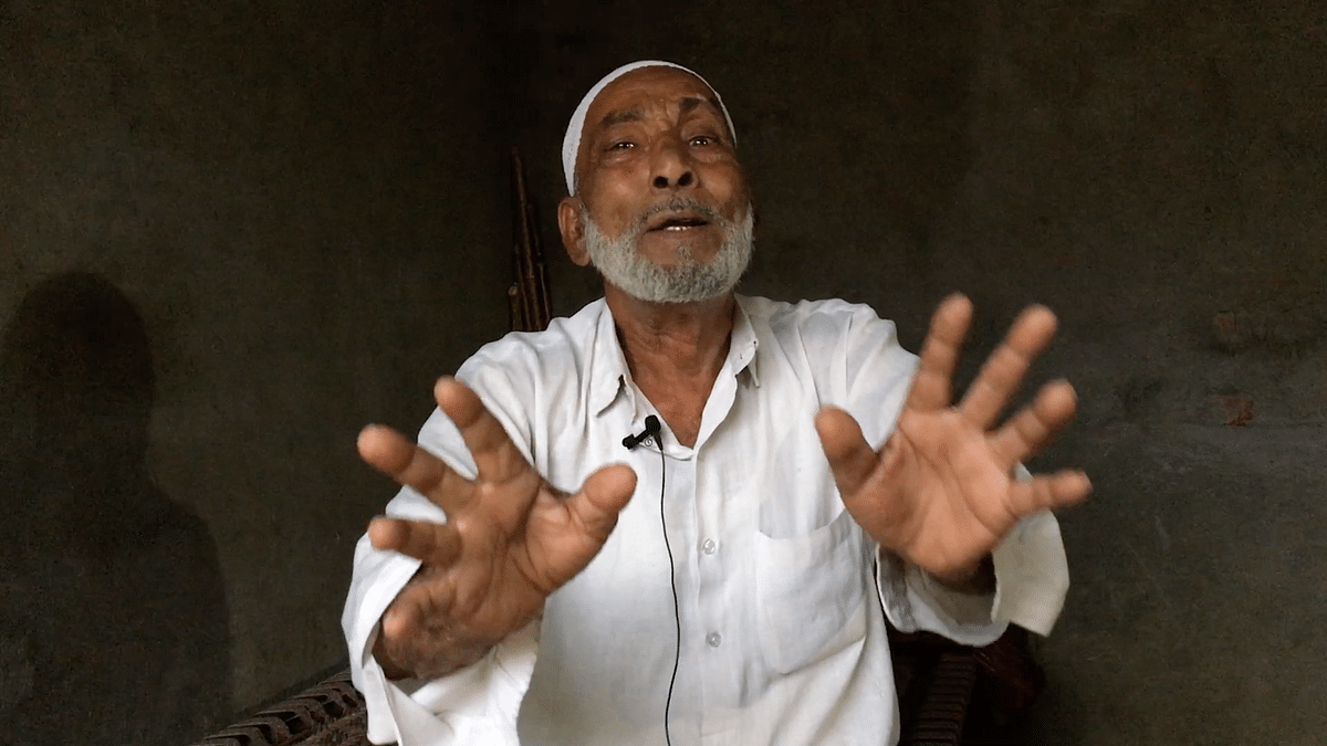 """<div class=""""paragraphs""""><p>Salim here is pleading that his sons be shifted to a jail closer to his home so he can visit them more regularly.</p></div>"""