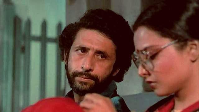 "<div class=""paragraphs""><p>Naseeruddin Shah and Rekha in&nbsp;<em>Ijaazat.</em></p></div>"