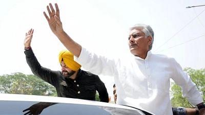 """<div class=""""paragraphs""""><p>Congress leaders Sunil Kumar Jakhar. </p></div>"""