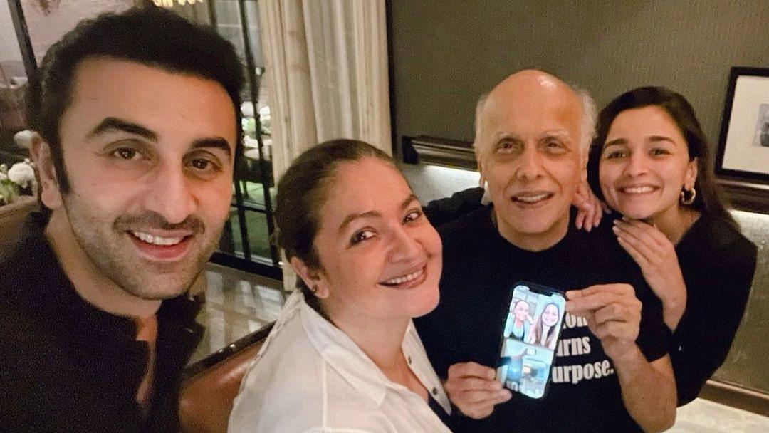 Alia Bhatt Shares Pics From Mahesh Bhatt's B'day With Pooja Bhatt, Ranbir Kapoor