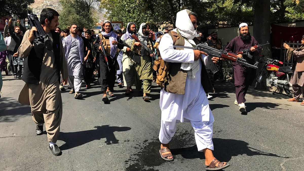 Taliban Detain Journalists Covering Anti-Pakistan Protests in Kabul: Reports