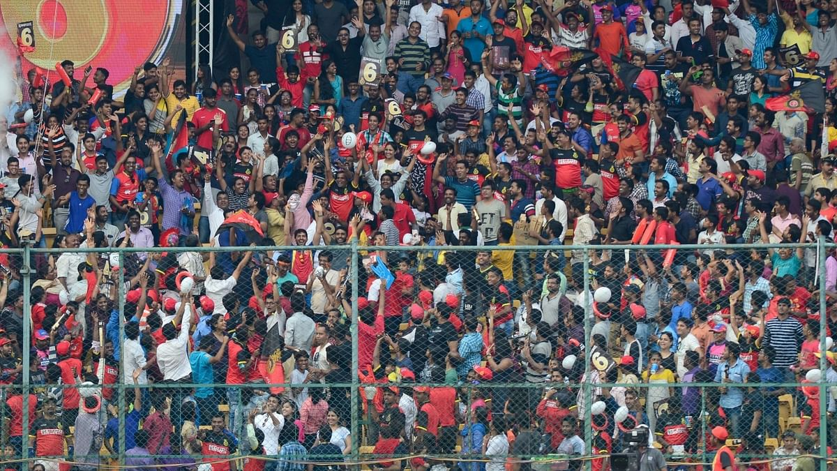 Fans to Returns to Stadiums For IPL 2021 in UAE, Limited Seating Available