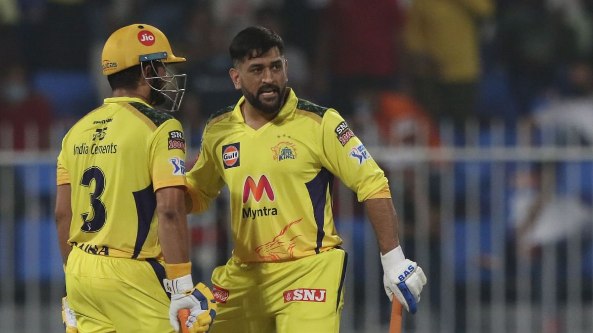 """<div class=""""paragraphs""""><p>MS Dhoni and Suresh Raina helped CSK over the line against RCB.</p></div>"""
