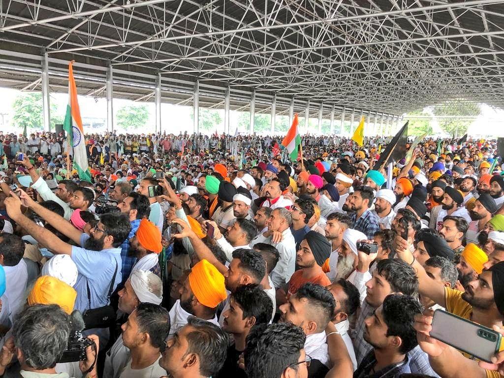 "<div class=""paragraphs""><p>The Kisan Mahapanchayat in Karnal, Haryana.</p></div>"