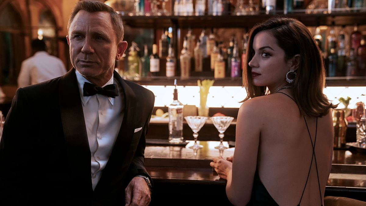 Critics' Review: Daniel Craig's 'No Time to Die' is Extravagantly Satisfying