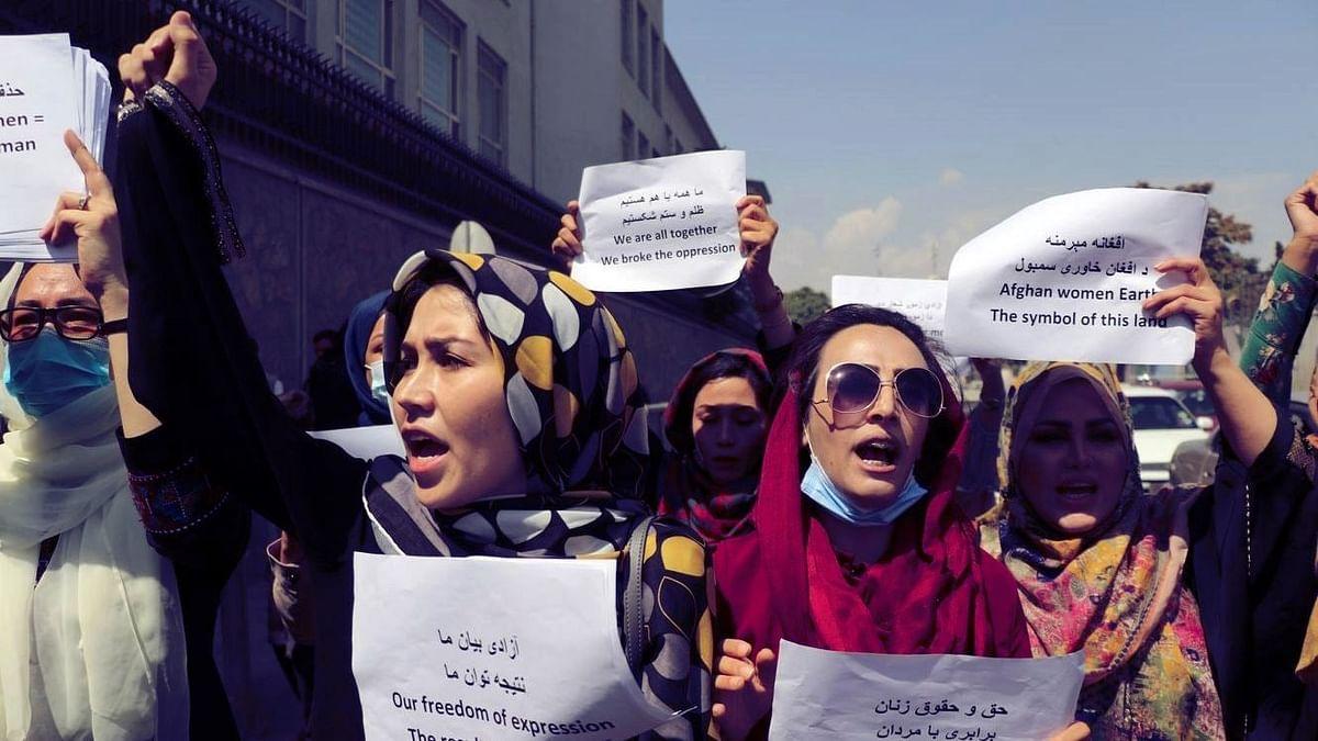 "<div class=""paragraphs""><p>Afghan women protesting Taliban repression.&nbsp;</p></div>"