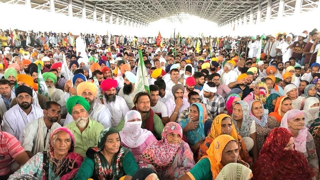 Haryana: After Gherao, Protesting Farmers Stage Sit-in at Secretariat in Karnal
