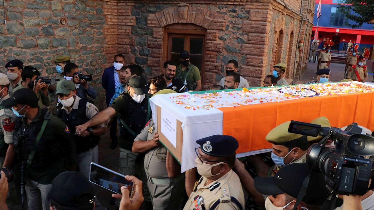 J&K Cop Killed in Srinagar: Thousands Attend Funeral, Assailants Identified