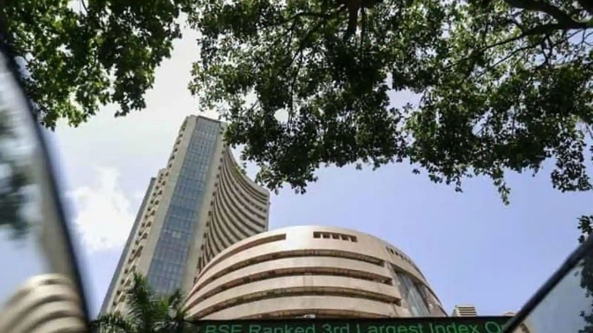 """<div class=""""paragraphs""""><p>The Sensex traded at 60,127.50 points, higher by 242.14 points.</p></div>"""