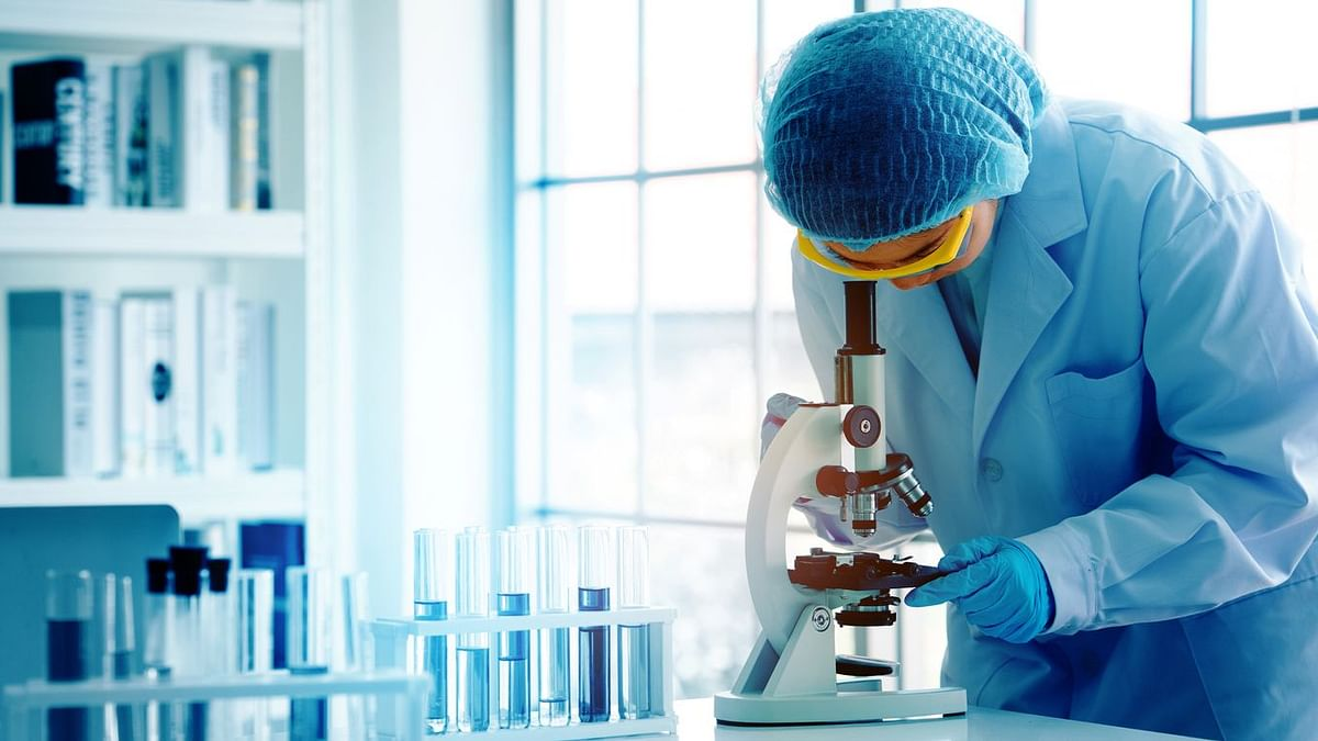 """<div class=""""paragraphs""""><p>Genetix&nbsp;works closely with life-science research, academia, and allied industries.</p></div>"""