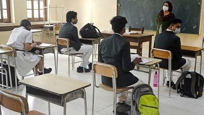 "<div class=""paragraphs""><p>60 students of Sri Chaitanya school, Bengaluru test positive for COVID-19.&nbsp;</p></div>"