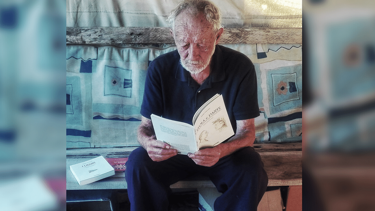 After Spending 32 Years Alone on an Island, Man Moves to City at Age 82